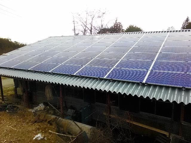 折板(セッパン)屋根
